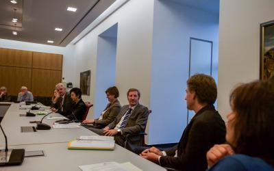 Sprecher/innen der Landtagsabgeordnete im Gespräch mit Vertreter/innen aus Gemeinwesenarbeit und Quartiersmanagement in Niedersachsen